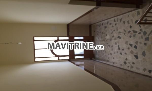 Superbe maison à vendre de 706 m2 à vendre