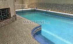 Villa vide avec piscine de 420m2
