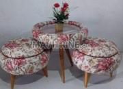 Photo de l'annonce: Table plus deux chaise