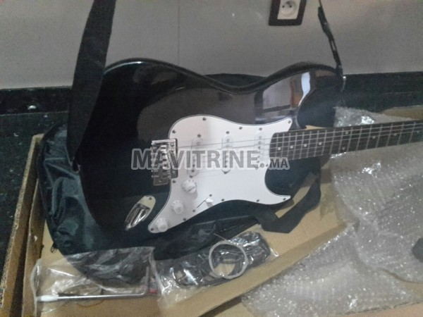guitare électrique adonis neuve +accessoires