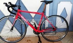 Vélo de course Bitwin neuf made in Italy État neuf 2019