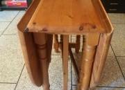 Photo de l'annonce: table pliable avec 6 chaises