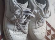 Photo de l'annonce: Nike air force 1 presque neuf.