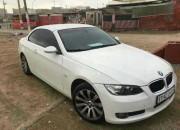 Photo de l'annonce: BMW 320i essence