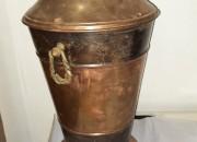 Photo de l'annonce: Grand vase antique en cuivre rouge